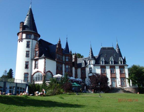 Vi lærte at Tyskland er vores bedste bud på en rigtig dejlig ferie. og hvis man er til slotte og borge er dette landet man rejser til.