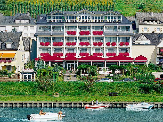 hotel brixiade triton