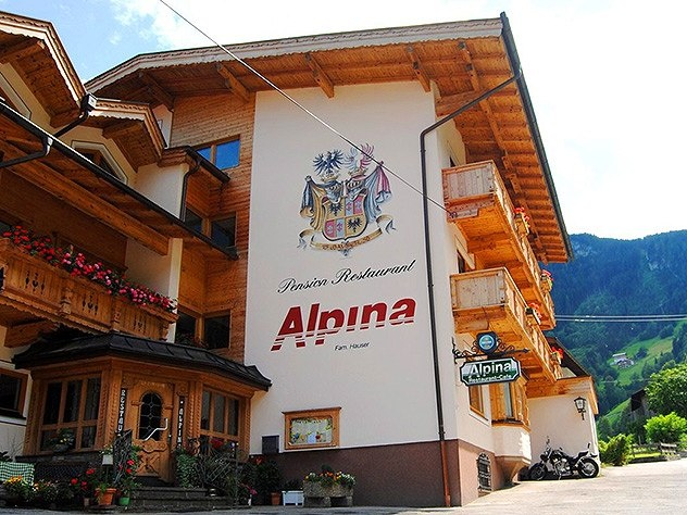 hotel pension alpina feed