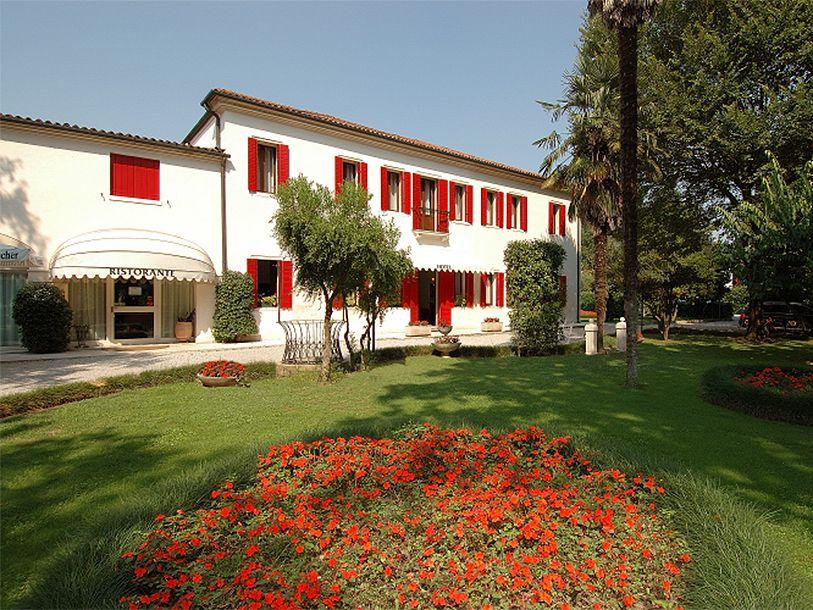 hotel villa patriarca feed