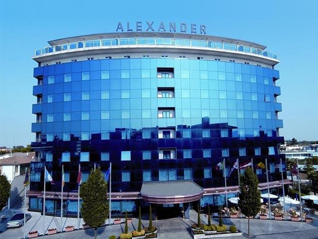alexander palace feed